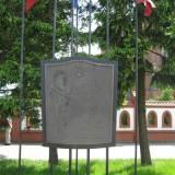 Dębe Wielkie. Pomnik karabinierów.