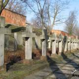 Cmentarz symboliczny na stokach cytadeli.
