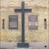 Kijów. Tablice pamiatkowe na Skośnej Kaponierze.