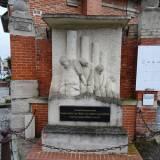 """Pomnik """"Kaprali z Souain"""""""