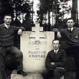cmentarz-pomnik.jpg