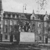 pomnik150-1.jpg