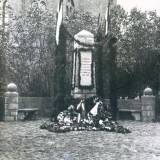 schimonken_kriegerdenkmal1.jpg
