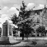 kreuz-pomnik1.jpg