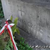 Napis na pomniku.