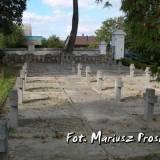 Kwatera wojenna na cmentarzu przykościelnym w Kobryniu.