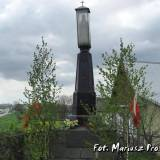 Pomnik w Żółtkach nad Narwią.