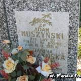 Śniadowo. Grób Adama Muszyńskiego.